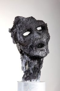 Sculpture de Breval: masque