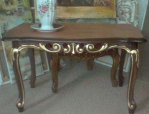 Artisanat de niescior: table le styl louis XIV
