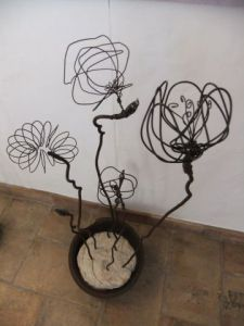 Sculpture de carole zilberstein: bouquet d'immortelles 3