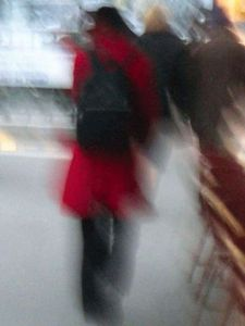 Photo de olivier georgeon: La femme en rouge (Woman in red)