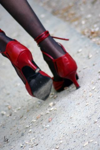 isad - chaussures rouges