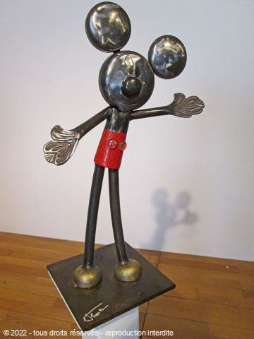Roger FLORES - Mickey