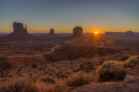 Serge Demaertelaere - Monument valley 1