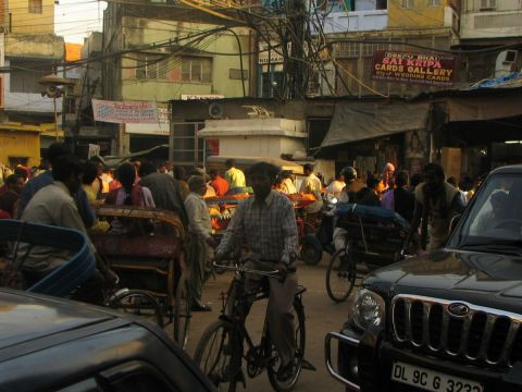 Doriane Metz - Traffic de rue � Old Delhi, Inde